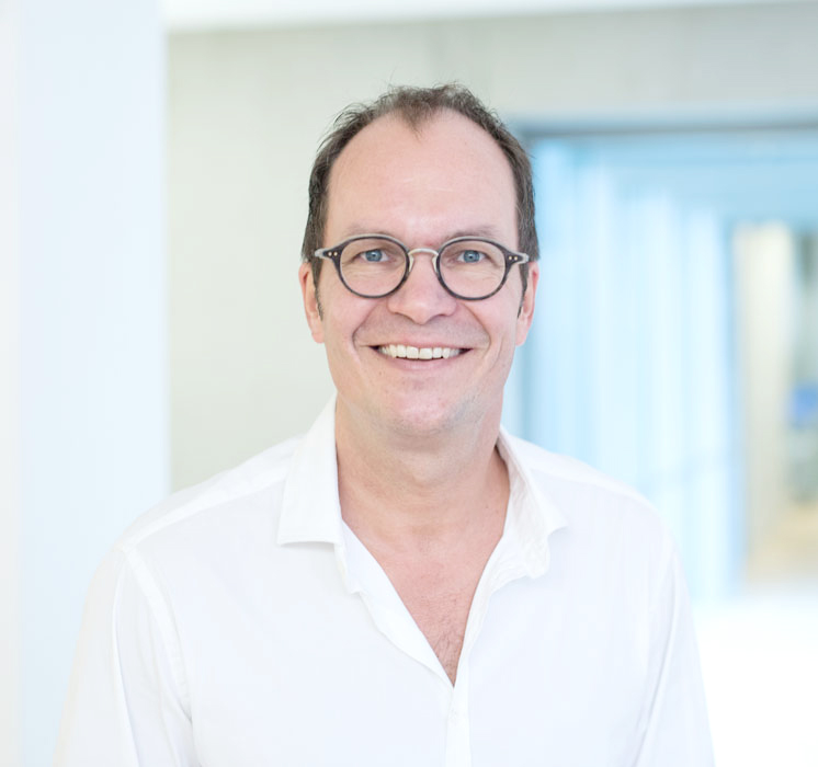 Thomas Koch – Ihr Zahnarzt für ästhetische Zahnmedizin